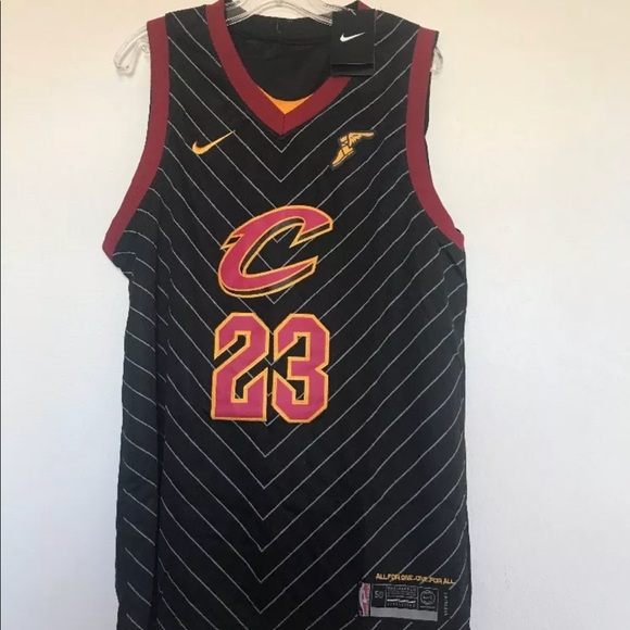 finest selection 33cbd f5cab LeBron James Cleveland Cavs Jersey swingman black NWT